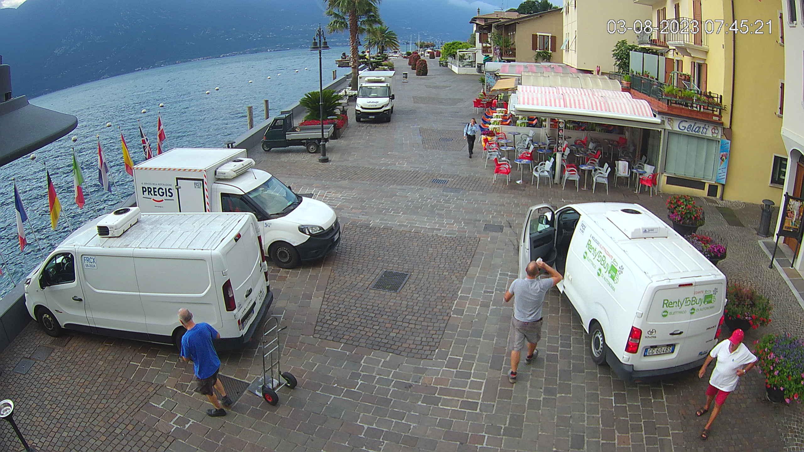 Webcam Limone sul Garda - Centro Polisportivo - Stadium -